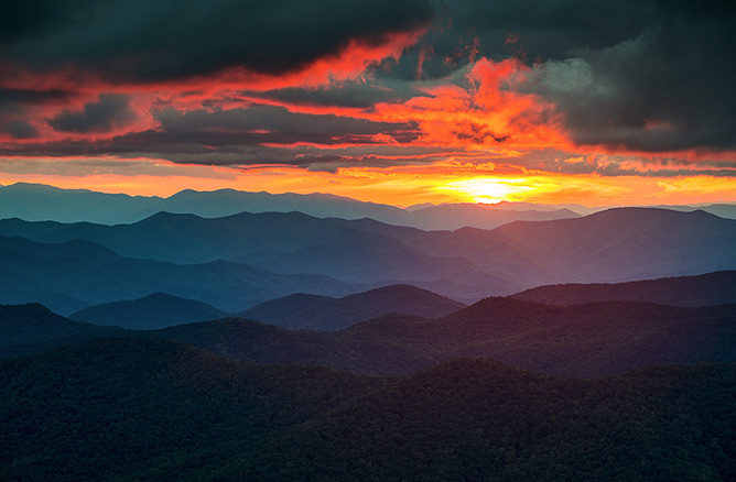 photo: mountain sunset